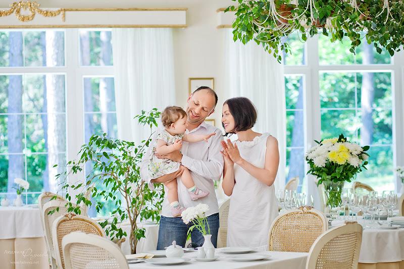 Семейная фотосессия в Кронон Парк Отель. Фотограф Людмила Фадеева