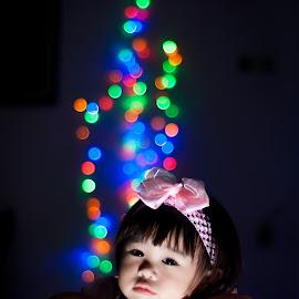 dreamy by Martin Marthadinata - Babies & Children Child Portraits ( children, portraits, bokeh, kids portrait, portrait )