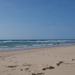 Leerer und schöner Sandstrand Crohot Noir / Пустой замечательный пляж Кро'от Нуар