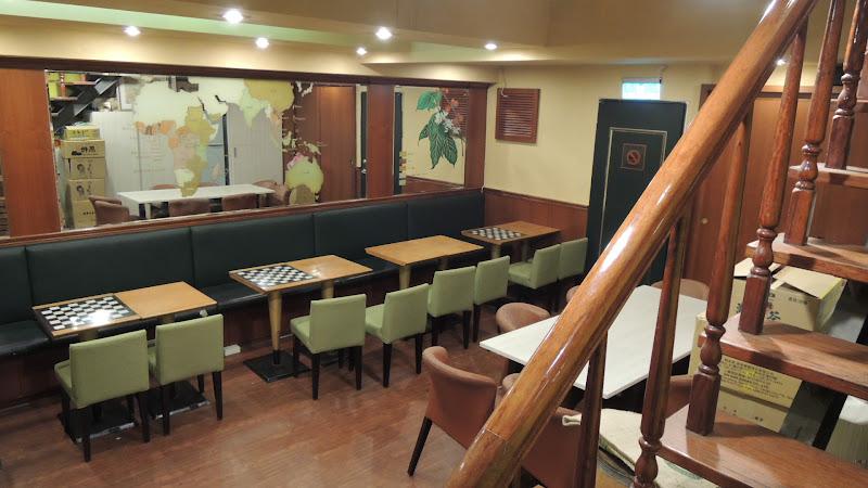 烘焙者咖啡地下一樓座位.JPG