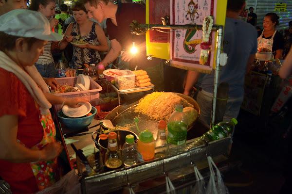пад тай лапша тайская кухня