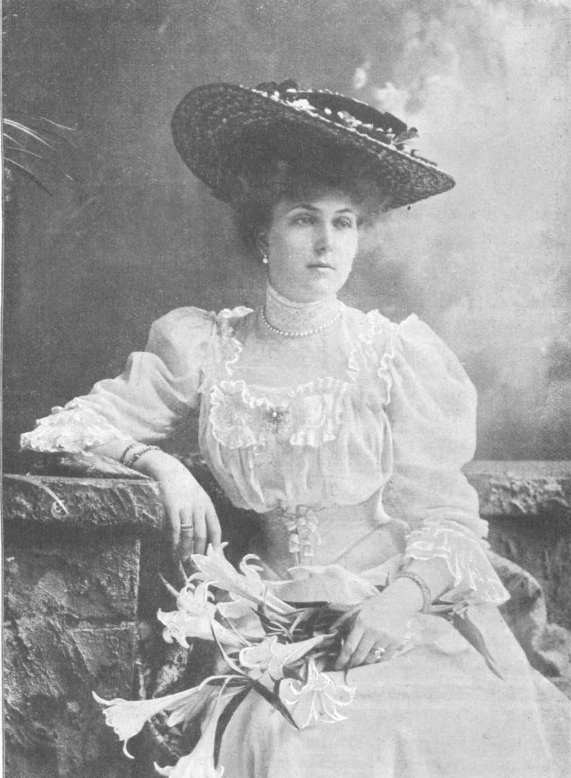 Re: Victoria Eugenia of