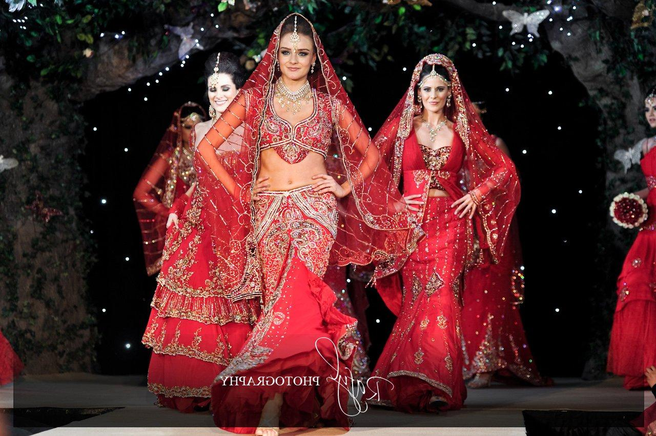 red bridal lehngas,
