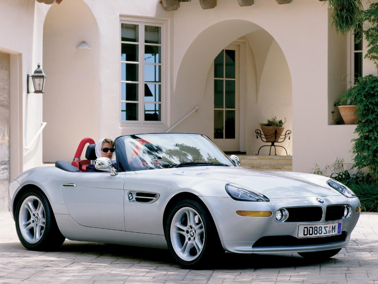 Aston-Martin Vantage V8: