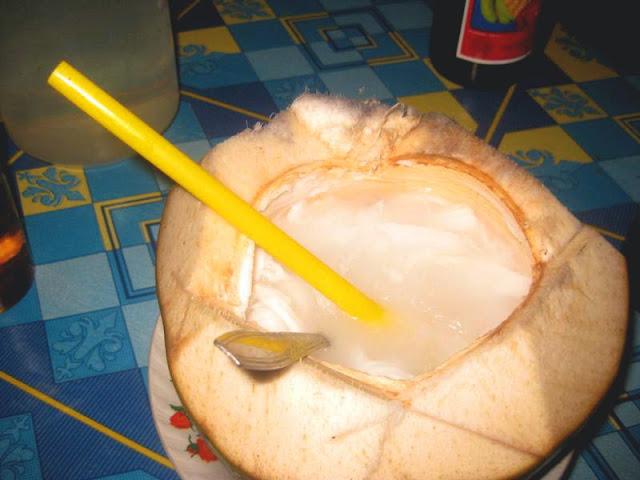 kuliner kelapa muda apoang