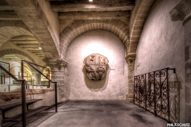 Maison Tavel - Caves Monumentales - Armoiries