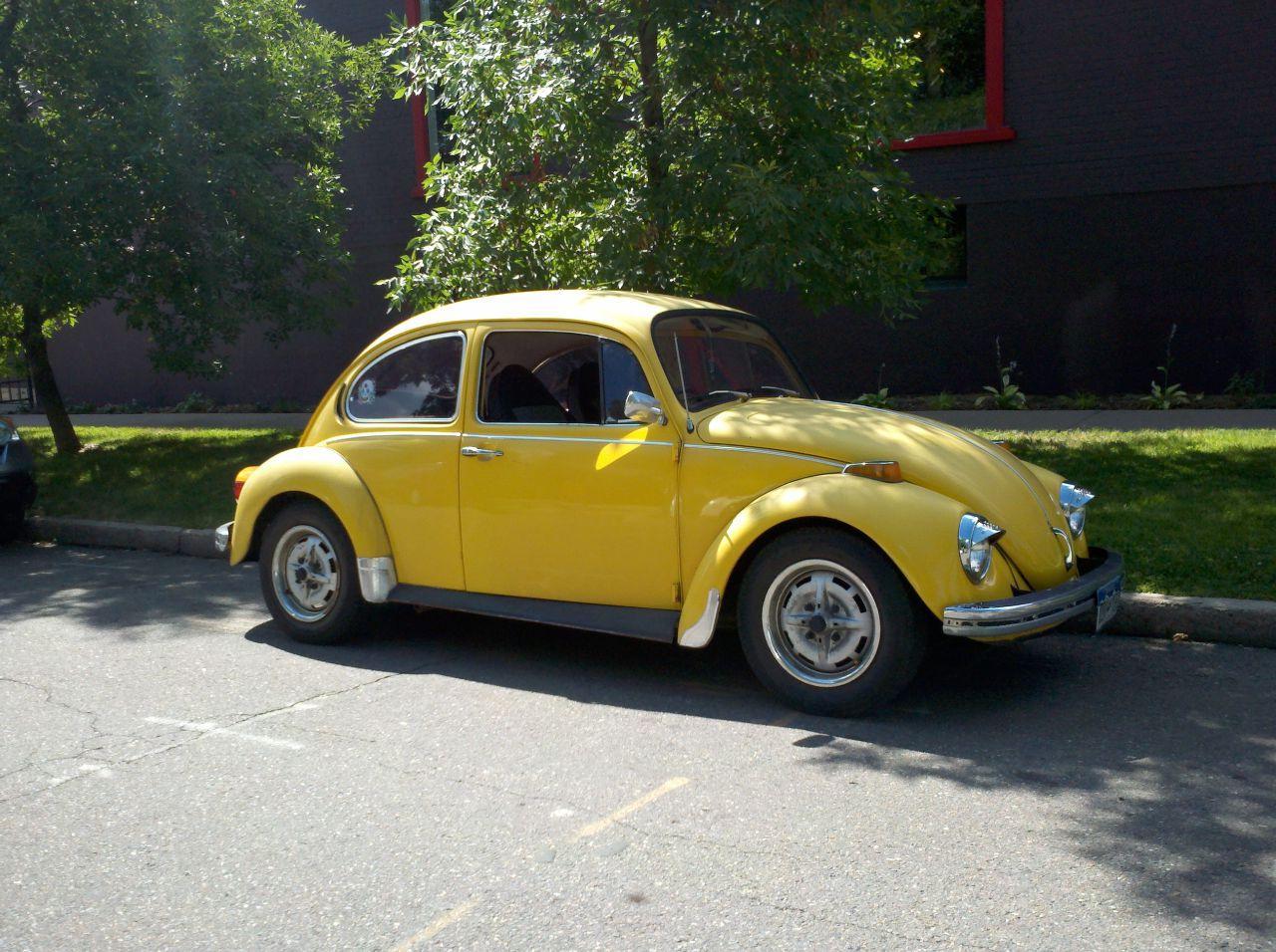 Street: Volkswagen Beetle