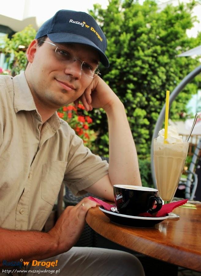 Ulica Sienkiewicza w Kielcach - nie moglo zabraknąć dobrej kawy