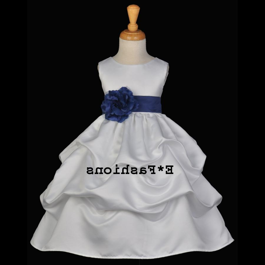 WHITE NAVY BLUE WEDDING
