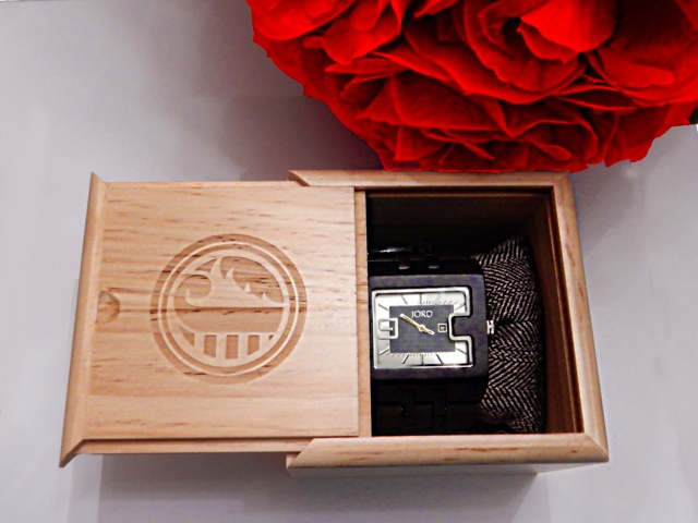 Susatinable wood watches