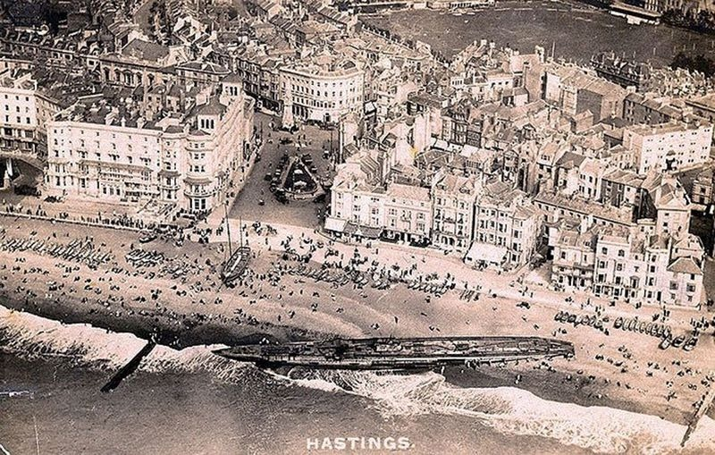 sm-u-118-beached-hastings-4
