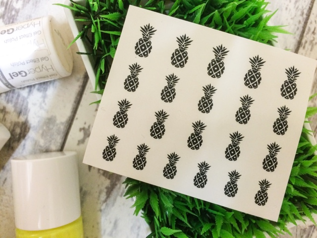 beauty-blog-models-own-polish-for-tans-flip-flip-bikini-pineapple-nail-art-neon-festival-summer-nail-art-yellow-green