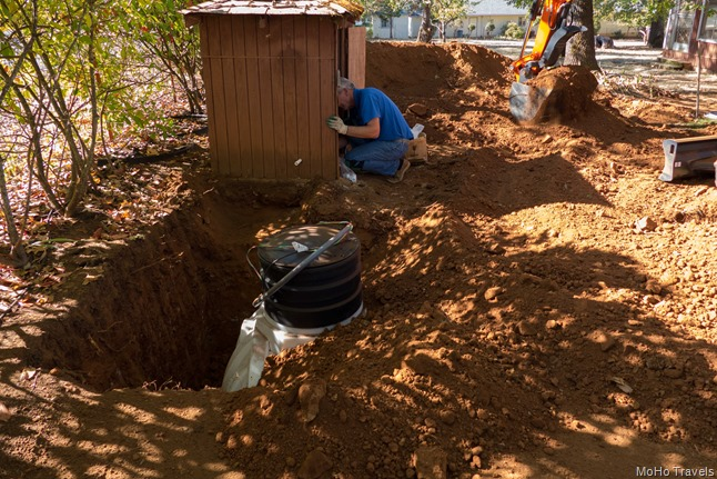 installing the cistern (13 of 17)