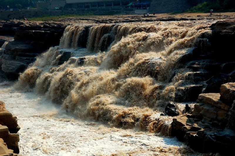 hukou-waterfall-3