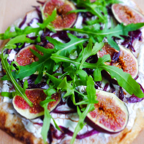 Naan Bread With Caramelized Red Onions, Figs, Goat Cheese And Arugula