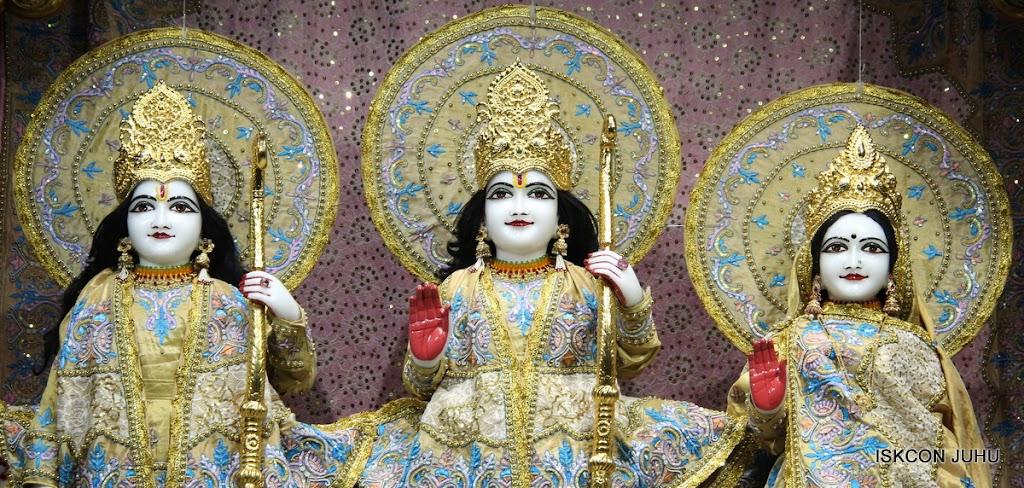 ISKCON Juhu Mangal deity Darshan 09 Feb 16 (6)