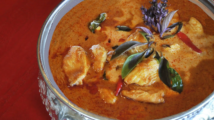 thai-red-curry-version-2.jpg
