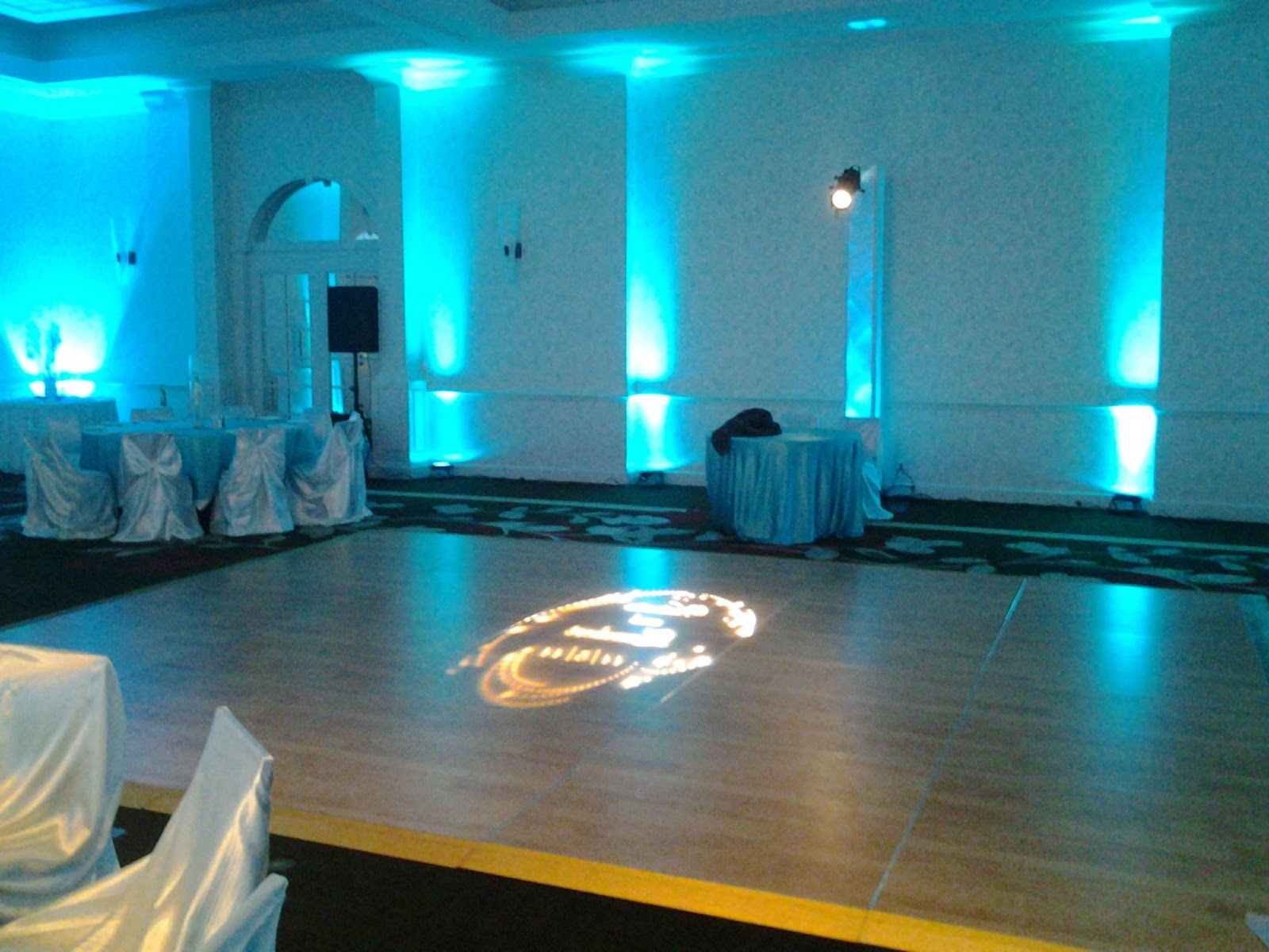 up-lighting for weddings