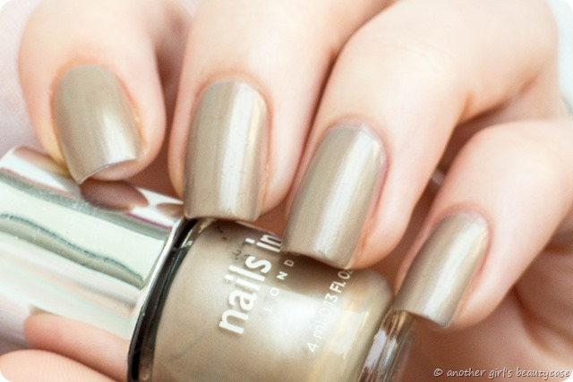 LFB Taupe Greige Nails Inc London Chester Street Swatch Pearl_-3