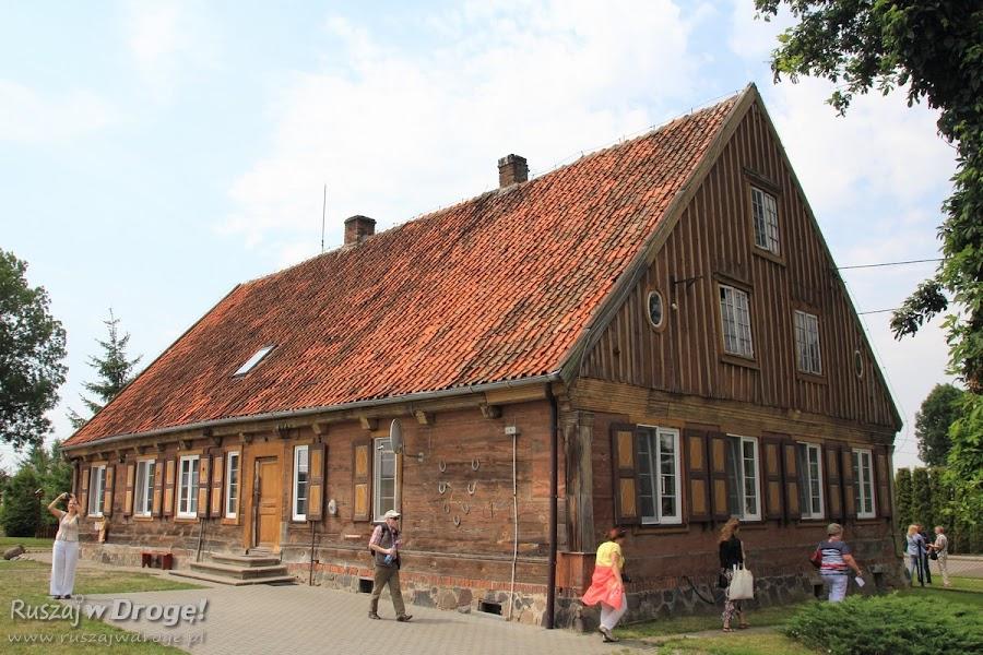 Dom podcieniowy w Nowej Kościelnicy