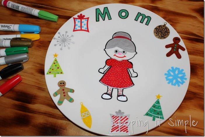 DIY-Personalized-Christmas-Dinner-Plates (7)