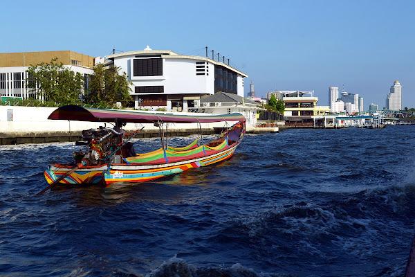 бангкок река чао прая речное такси