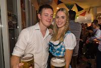 20151018_allgemein_oktobervereinsfest_013037_ros.jpg
