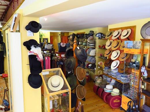 Loja de chapéus em Sevilha, Espanha