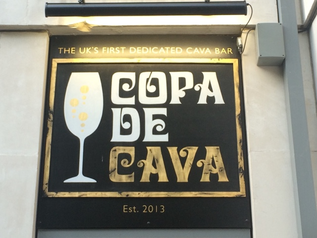 lifestyle-london-blog-copadecava-copa-de-cava-central-london-bar-best-london-bar-work-drink-first-date-tapas-cava-champagne-prosecco-wine-bar-chorizo-spanish-camino-food-bloggers