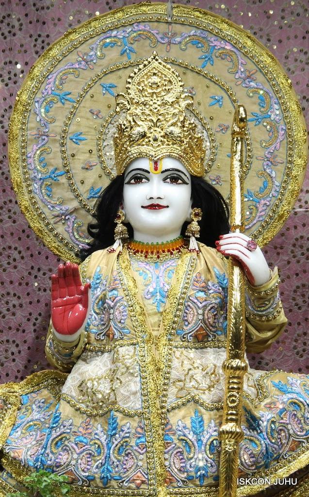 ISKCON Juhu Mangal deity Darshan 09 Feb 16 (7)