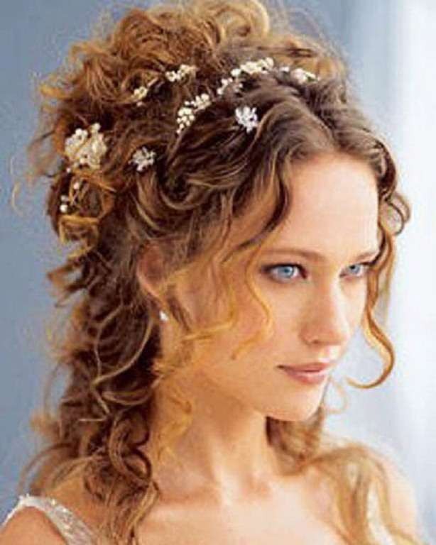 Peinados de novia pelo corto y rizado