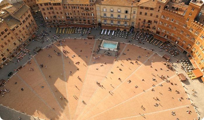 siena-piazza-3008x2000_thumb2_thumb