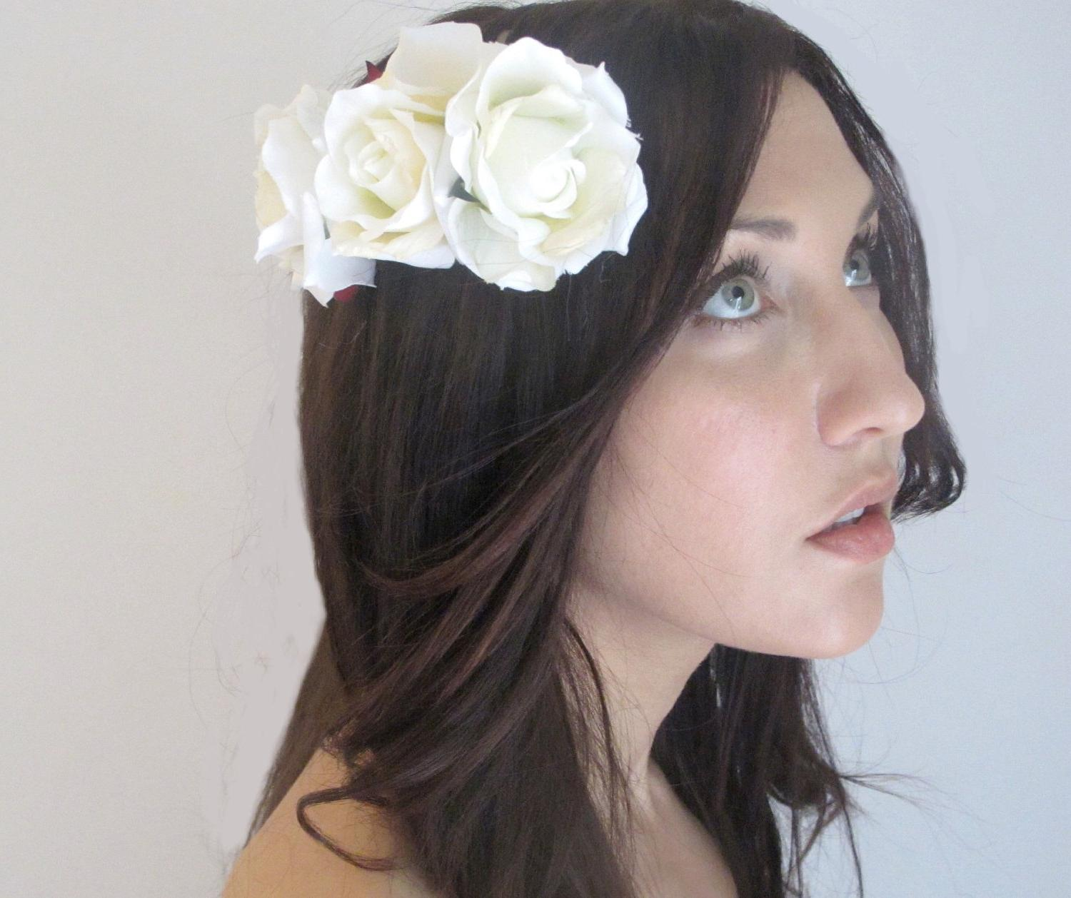 white flower wedding hair
