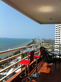 beautiful sea view,  3 bedroom apartment with fully furnished for sale and rent      to rent in Jomtien Pattaya