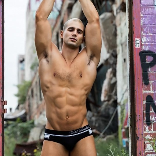Todd-Sanfield-by-Photographer-Kevin-McDermott-151001-04