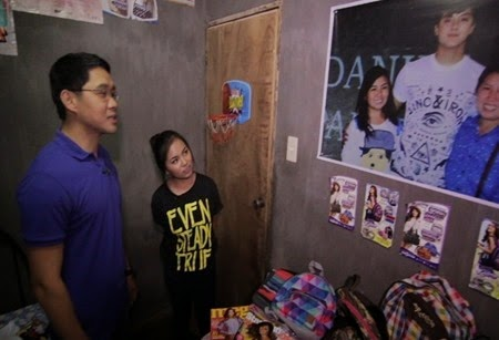 Anthony Taberna with KathNiel superfan Mikaela Marcelino in Tapatan ni Tunying