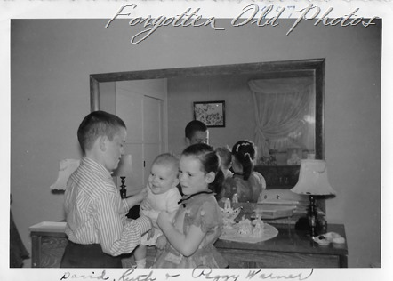 Warner kids 1957 March Moorhead ant