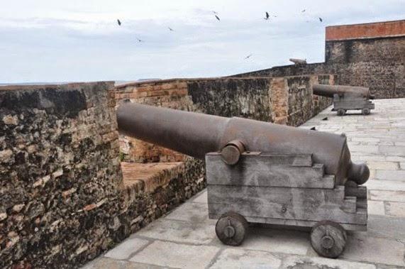 Cannoni nel Forte do Presépe - Belém do Parà, fonte: 1000 dias de Rodrigo