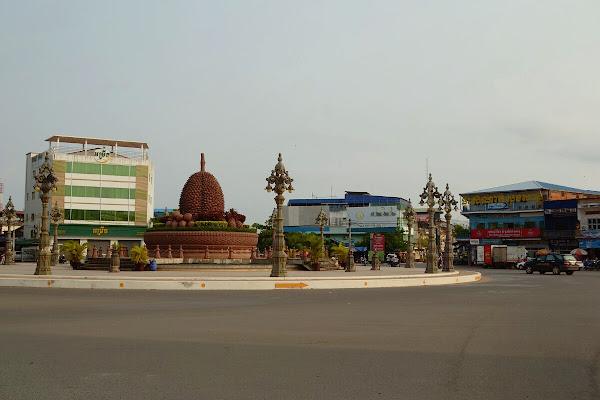 камбоджа кампот памятник дуриану