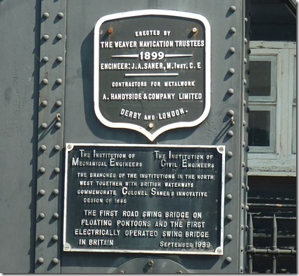 3 plaques on northwich town bridge