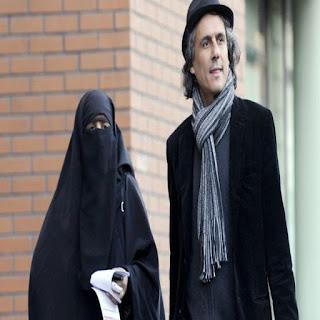 Rachid Nekkaz défend le port du niqab en Suisse