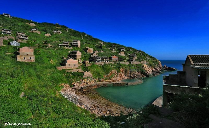 C'est de toute beauté : sites et lieux magnifiques de notre monde.  Gouqi-island-abandoned-village-4%25255B9%25255D