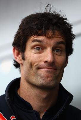 улыбчивый Марк Уэббер на Нюрбургринге Гран-при Германии 2011