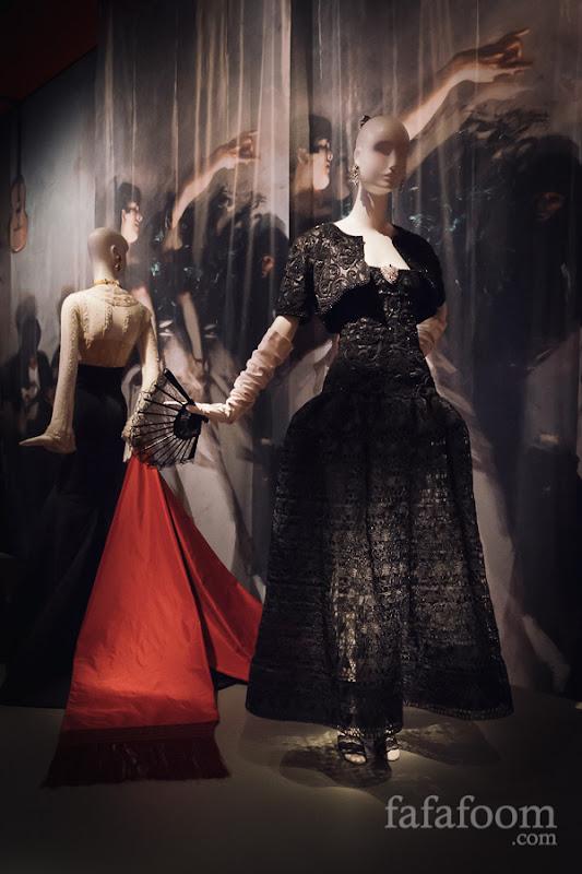 Oscar de la Renta for Pierre Balmain, Haute Couture, Evening ensemble: dress and bolero, Spring/Summer 2004.