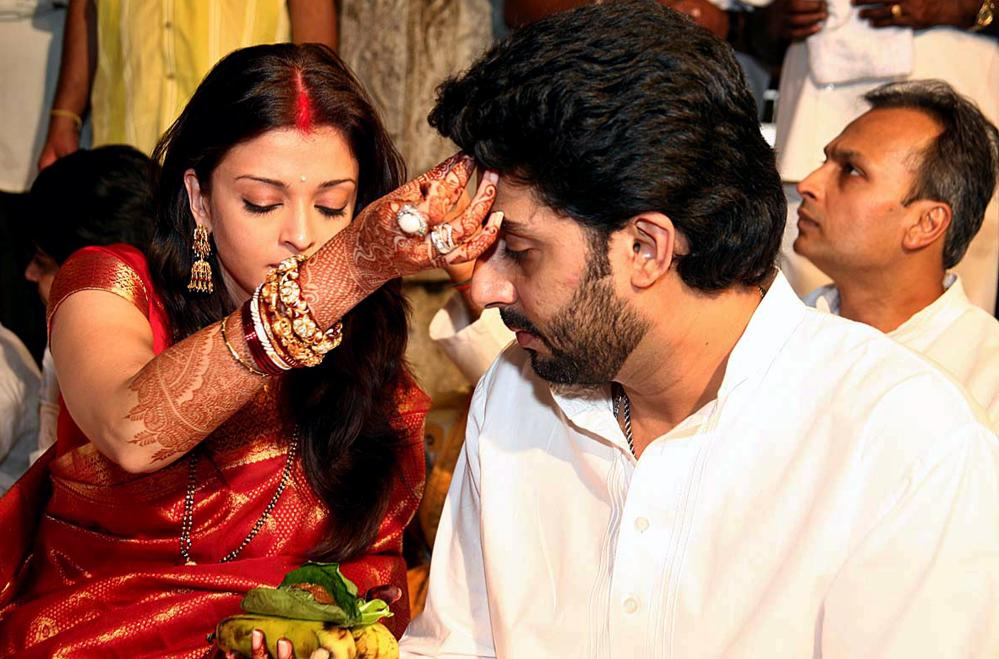Abhisekh And Aish in wedding