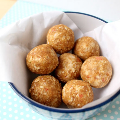 Apple and Peanut Butter Snack Bites