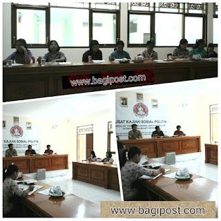 Rapat Panitia UN SMK Teknologi Wira Bhakti Denpasar