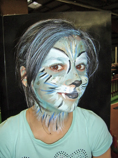 Kinderschminken Katze blau Magic Face Painting bei http://www.karobe-deko.de