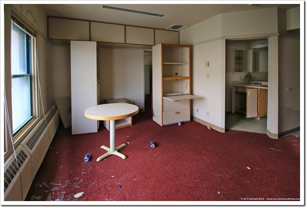 150909_Adak_barracks_room_WM