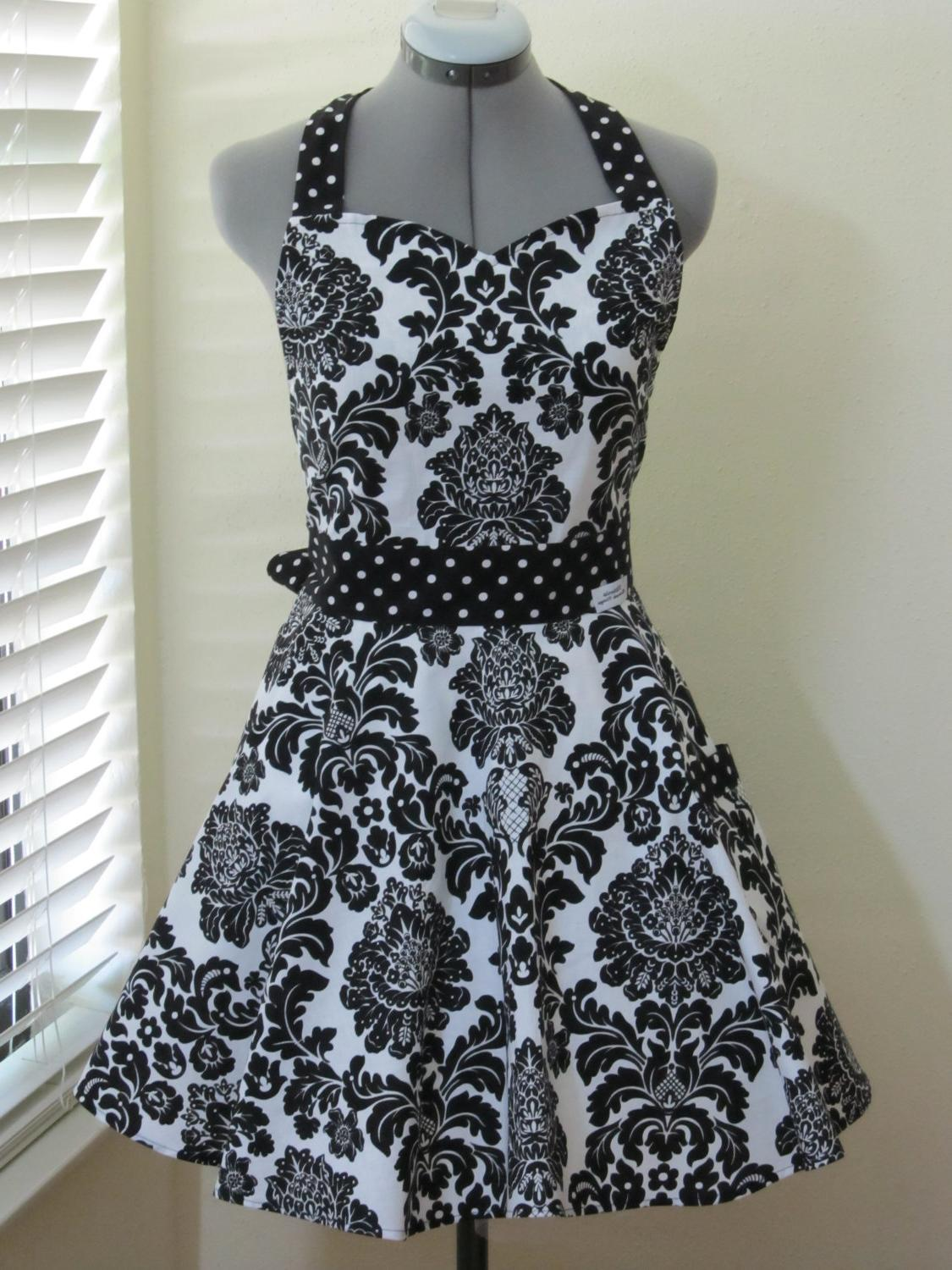 black and white damask wedding
